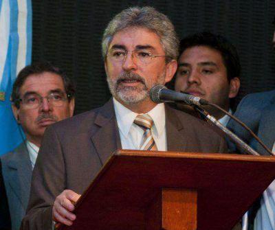 Ariza se va de Educación y lo reemplazará Daniel Gutiérrez