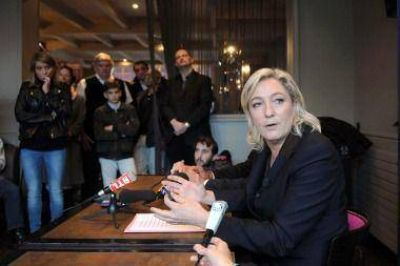 Le Pen anunció que no le va a dejar al Gobierno