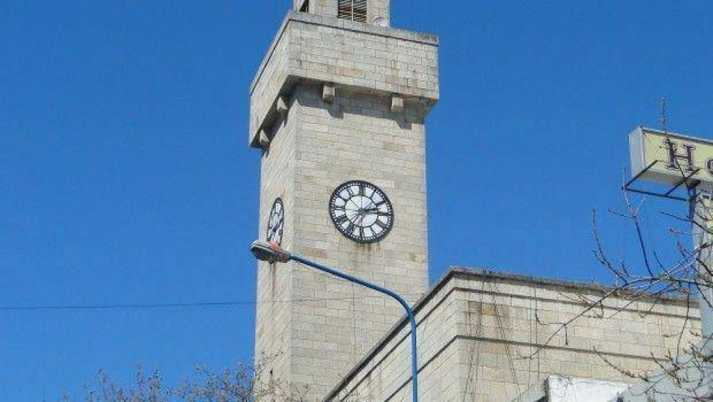 Tras cobrar el sueldo, municipales están a la espera de cobrar horas extras y adicionales