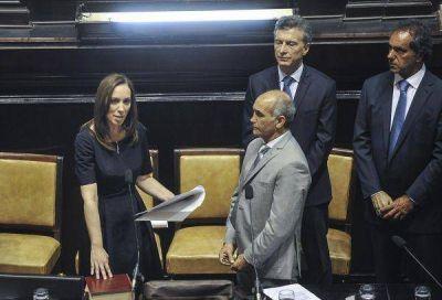 Vidal hace jurar a sus ministros y pone primera