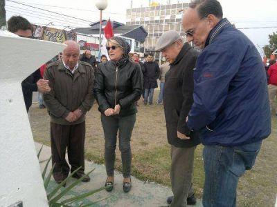 En el día de la Democracia recordaron al doctor Raúl Alfonsín