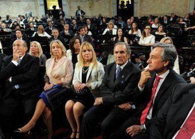 Senadora Boyadji�n en la jura y recepci�n de atributos del Presidente Macri