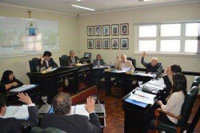 El Concejo cerró el año con la aprobación del presupuesto 2016
