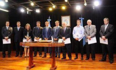 Gutiérrez puso en funciones a su Gabinete