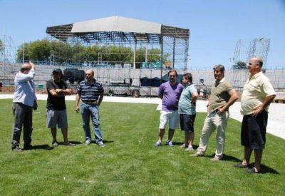 """Giri, Vicente y Volponi recorrieron el Mundialista y reconocieron el buen estado en el que quedó luego del paso de """"La Bestia del Rock"""""""