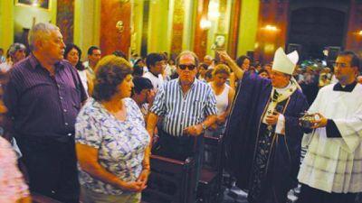 Cargnello habilitó la Puerta Santa en la Arquidiócesis de Salta