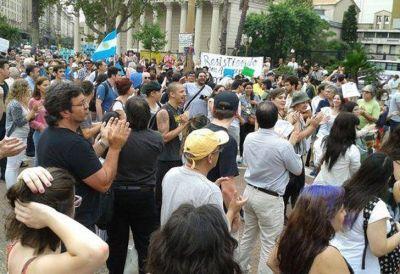 Marcha en Plaza de Mayo para defender la Ley de Medios