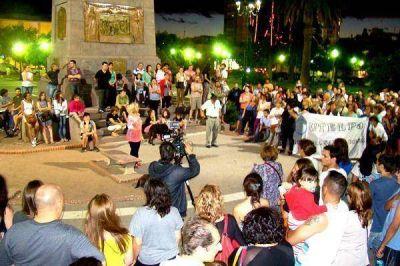 Marcha en Santa Rosa para defender la Ley de Medios