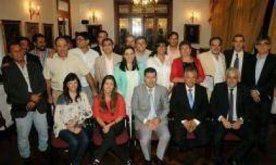 Casas también abrió el diálogo con municipios, incluido Famatina