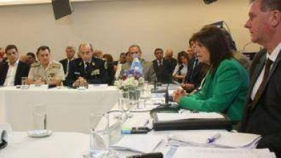 """Cornejo: """"la emergencia de seguridad sirve para fortalecer el control de las fronteras"""""""