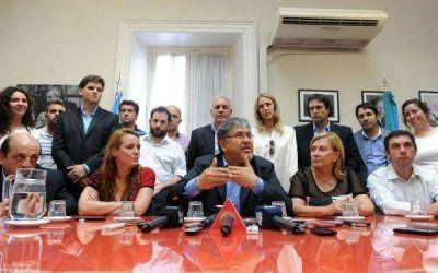 Legisladores con ex ministra de Scioli por el presupuesto