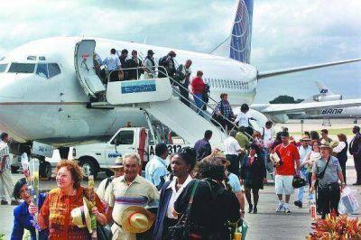 Cuba y Estados Unidos acuerdan reanudar los vuelos comerciales
