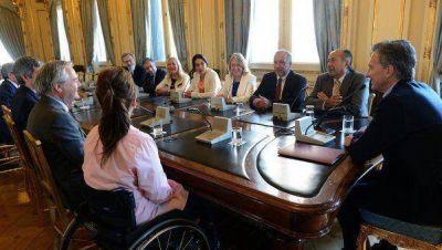 """Macri a senadores, por la Corte: """"Estoy abierto a lo que haya que corregir"""""""