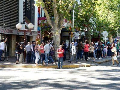 Dólar libre: suben precios, servicios y tasas bancarias en Mendoza