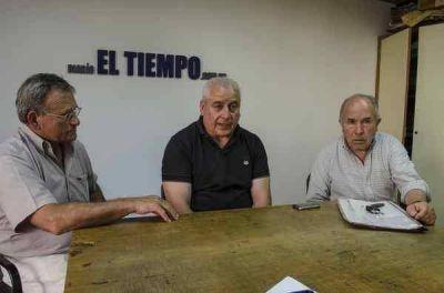 """Macri, en su última visita a Azul junto con María Eugenia Vidal, """"me dijo que venían a hacer la obra"""""""
