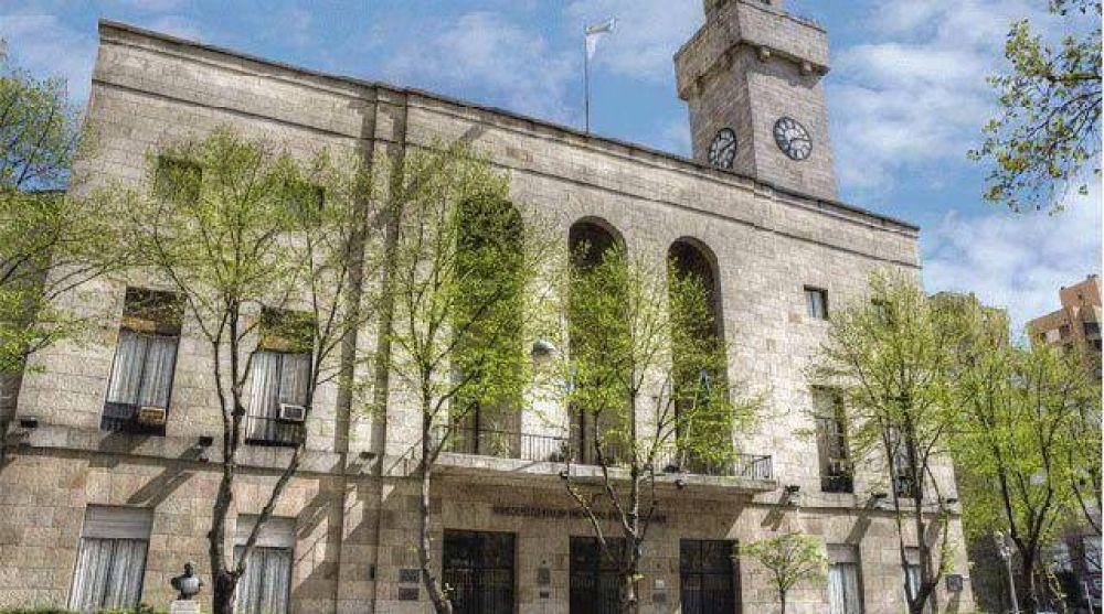 Ante la falta del aguinaldo, municipales decretarían un paro este martes