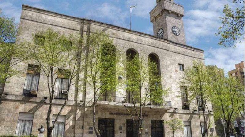 Ante la falta del aguinaldo, municipales decretar�an un paro este martes
