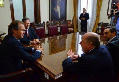 Acercamiento: Busti se puso a disposici�n de Bordet para colaborar en la gesti�n de gobierno