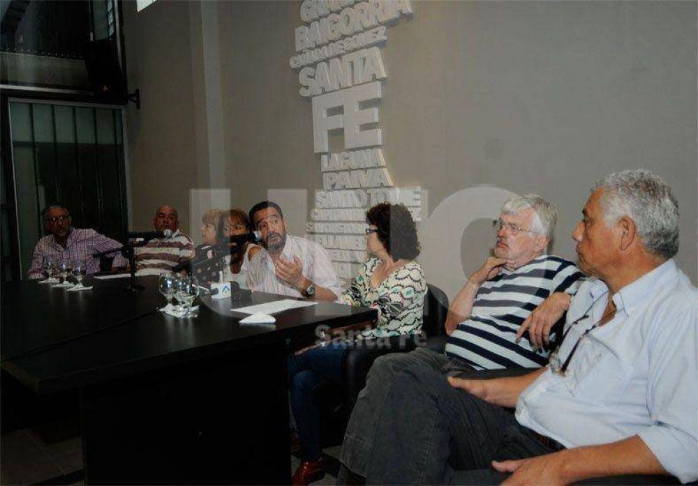 """Sindicatos estatales exigieron una """"urgente recomposición salarial"""""""