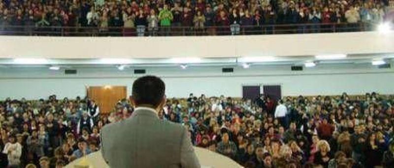 Acusan a la Iglesia Universal de lavar dinero en Argentina