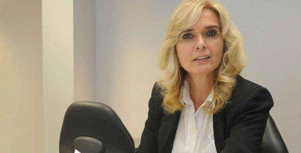 Elías de Pérez asegura que las medidas que adoptó Macri pondrán al país en pie