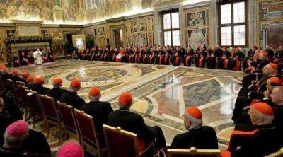 El criterio de la reforma según Bergoglio: «volver a lo esencial»