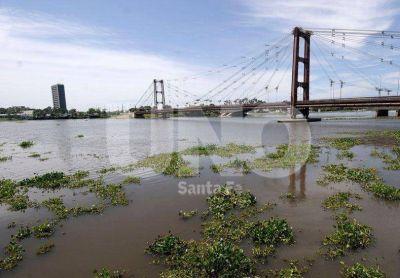 En Santa Fe, el río Paraná está a 33 centímetros del nivel de alerta
