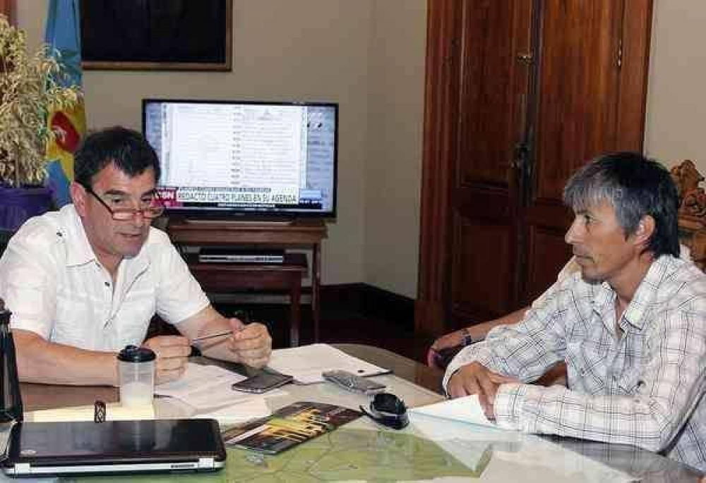 El SOEMPA se reunió con el intendente Hernán Bertellys