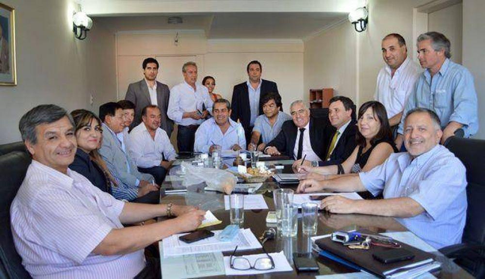 Gutiérrez se reunió con legisladores para adelantar el examen del Presupuesto