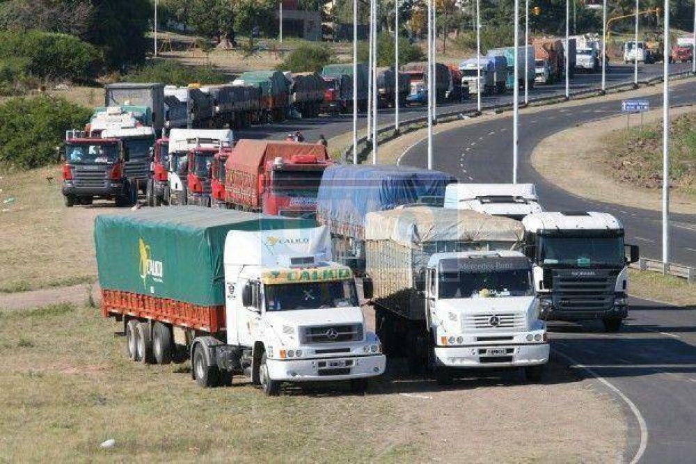 Unos ocho mil camioneros entrerrianos recibirán el bono de fin de año