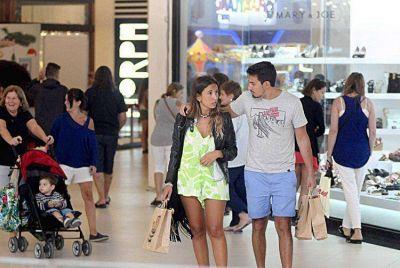 Exitosa maratón de ofertas y compras en el Paseo Aldrey Comercial y Cultural