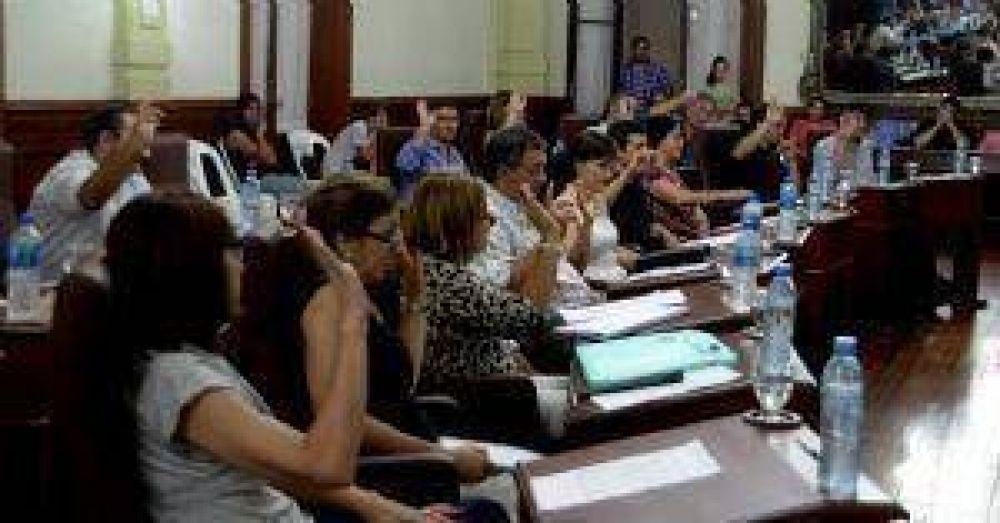 Los concejales aprobaron por unanimidad un aumento del 25% en las tasas municipales