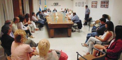 La Cámara Empresaria y el Municipio compartieron objetivos pensando en 2016