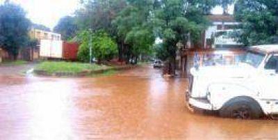 Vecinos de Virasoro se inundan de líquidos cloacales cada vez que llueve
