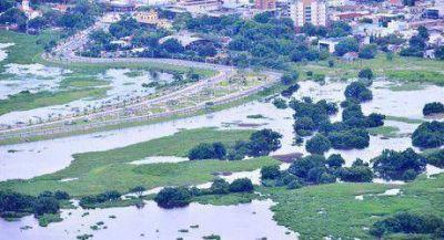 Insfrán instruyo máxima e integral asistencia a los damnificados por la emergencia hídrica