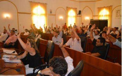 Tras un largo debate y con cambios, el Concejo aprobó la ordenanza de Trabajo Municipal