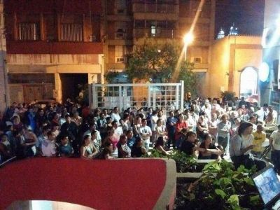Encuentro de organizaciones sociales de Tucuman para repudiar la intervencion en el AFSCA