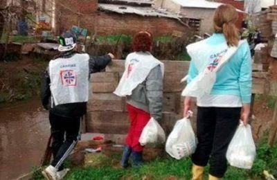 Cáritas acompaña a los afectados por las inundaciones en el Litoral