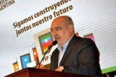 """Colombi pidió que el """"día a día no impida pensar a futuro"""""""