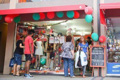 """A través del programa """"Yo Compro en Berazategui"""", en esta Navidad aumentaron las ventas hasta el 35%"""
