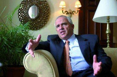 Samper advierte que un ajuste económico en la región sería