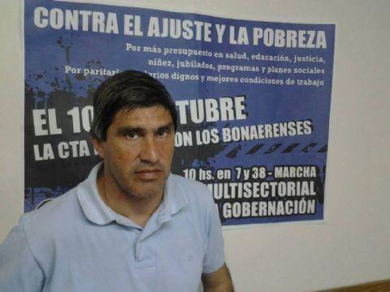 Adri�n Lescano: �Paramos en defensa de 24 mil compa�eros trabajadores�