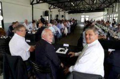 Lifschitz completó la primera ronda de encuentros con intendentes y presidentes comunales de toda la provincia