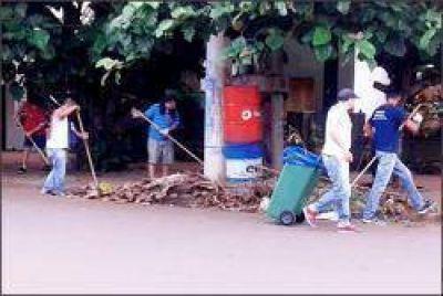 La Municipalidad realizó un exhaustivo operativo de limpieza en Posadas