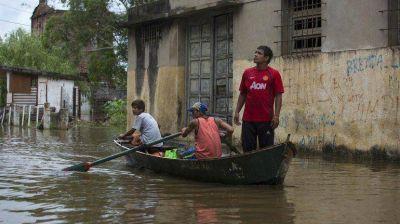 Por las inundaciones, todavía hay unas 30.000 personas evacuadas en el Litoral
