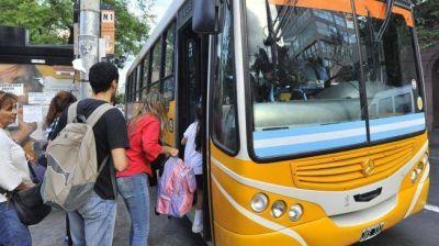 Transporte urbano más caro y con menos frecuencia