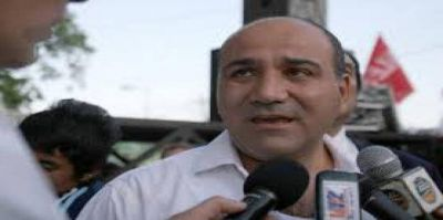 El Gobernador Manzur anunció que el Bono Navideño se pagaría en febrero o marzo