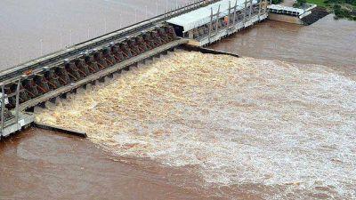 Reducirán el caudal de la represa de Salto Grande
