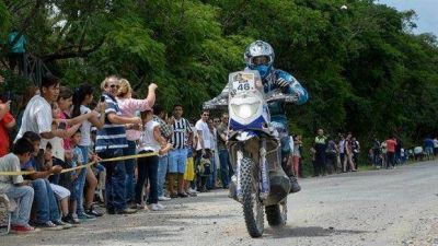 En su paso por Tucum�n, Manzur particip� del Dakar