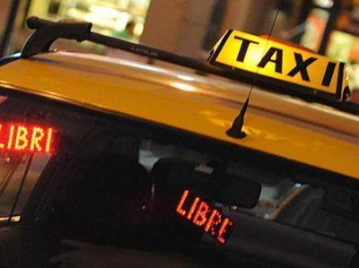 Reforzarán los controles policiales nocturnos en taxis